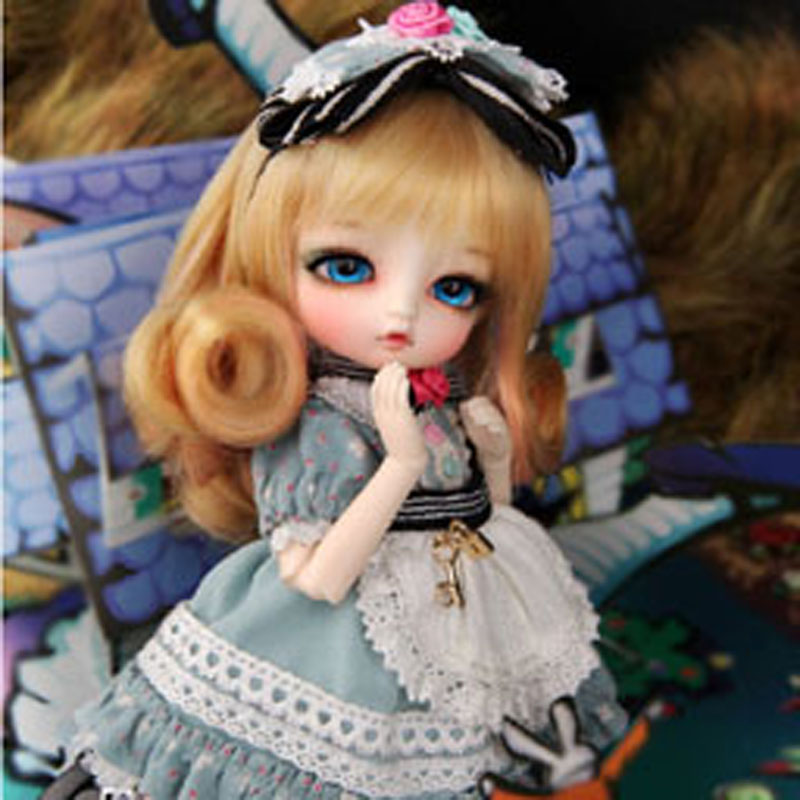 Luts tiny alice delf 1/8 sd bjd bebek